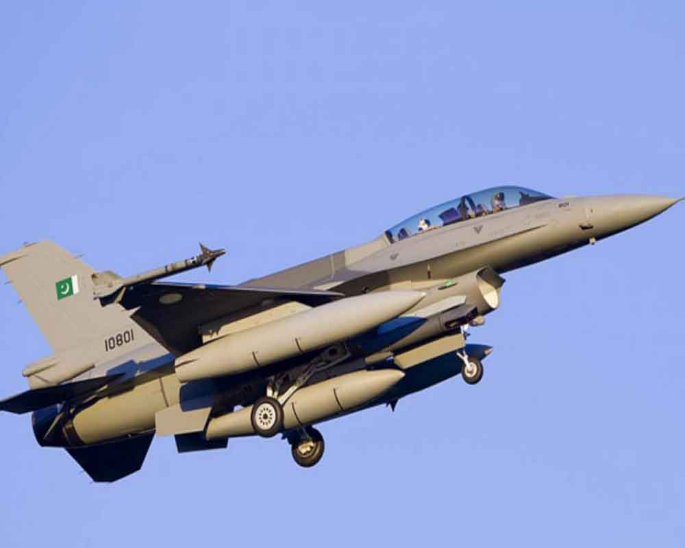 Pakistani jet fighters fly close to LoC in Poonch