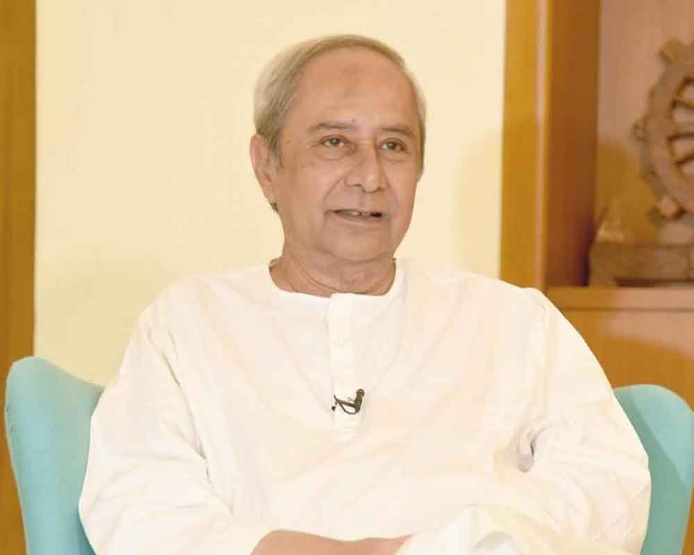 Patnaik tenders resignation for new govt in Odisha