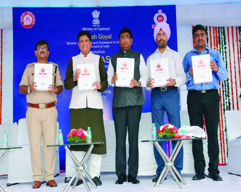 Railways Minister launches CORAS