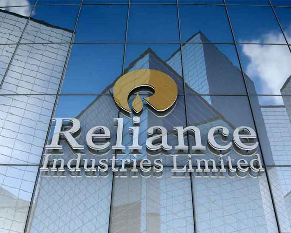 reliance industries resumes lobbying in us  ropes in new