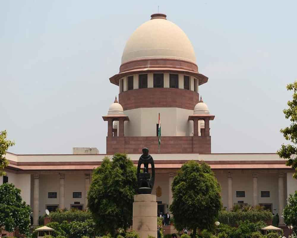 SC refuses to entertain plea challenging Aadhaar Ordinance