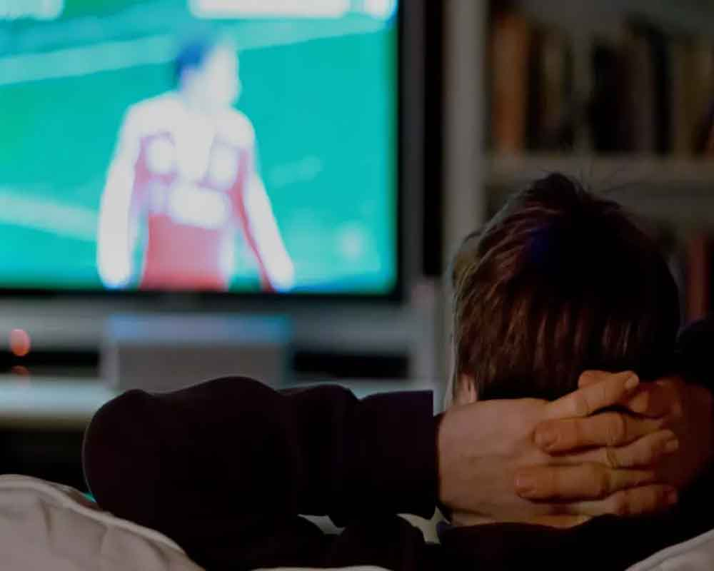 Sitting while watching TV linked to higher risk of heart attack: Study