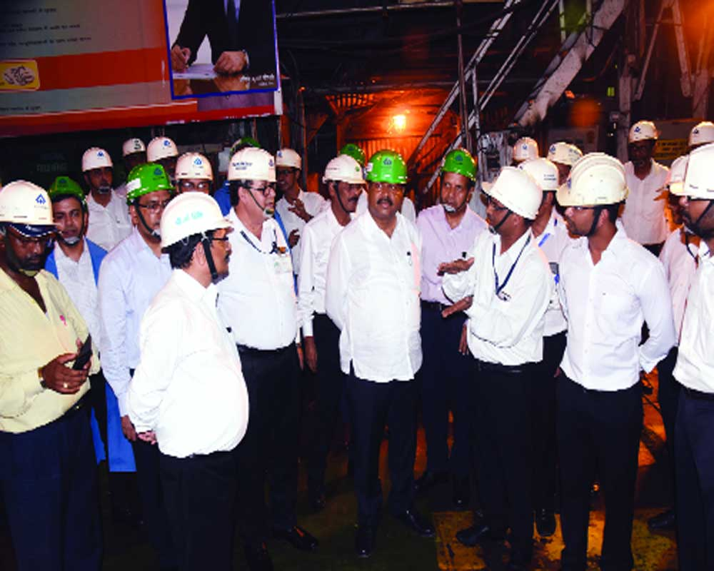 Steel minister visits SAIL