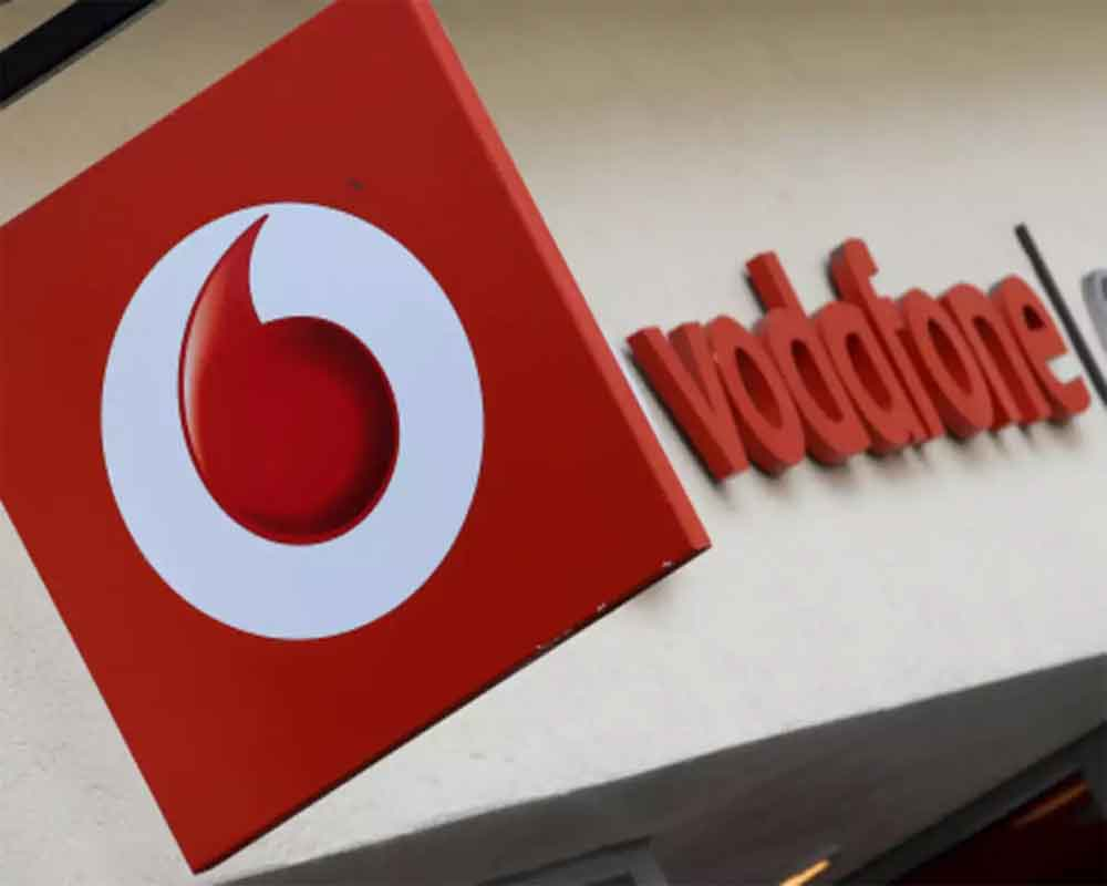 Vodafone's annual loss at 7.6 bn euros, cites loss on disposal of Indian assets post merger