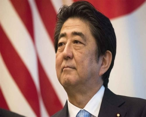 2,887 days: Abe becomes Japan's longest-serving premier