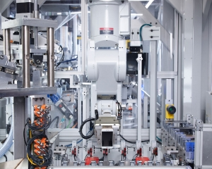 Apple robot can disassemble 200 iPhones per hour