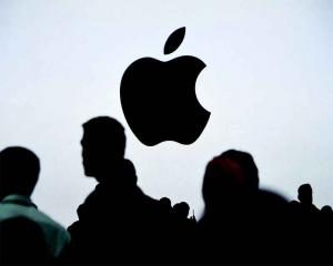 Apple will release two iPhones with 5G: Report