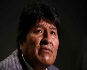 Bolivia to issue warrant against ex-leader Morales