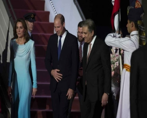 William, Kate meet PM Khan, Prez Alvi
