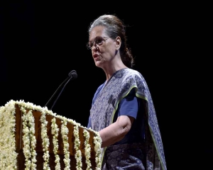 Challenges facing Cong formidable, ideological fight against divisive forces must go on: Sonia