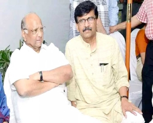 Cong, NCP mull support to Sena as Mahayuti staggers
