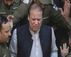 Danger to Sharif's health increasing due to delay in his travel abroad: Party