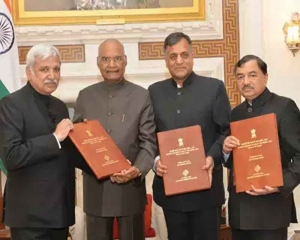 EC submits list of newly-elected MPs to President for constitution of 17th Lok Sabha