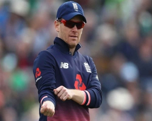 England captain Morgan to have X-ray in pre-World Cup scare