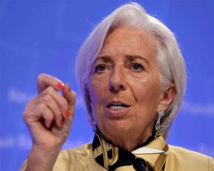 Ex-IMF's Lagarde: Global growth 'fragile,' 'under threat'