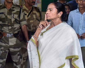 Exit polls a gameplan to manipulate EVMs: Mamata