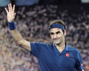 Fast Federer celebrates 100 with Fritz blitz at Open