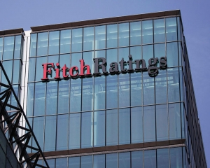 Fitch cuts India GDP growth forecast for FY20 to 6.8 pc