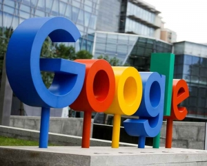 Google, Apple say protecting Kazakhs from government snooping
