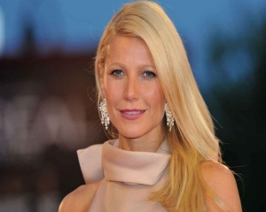 Gwyneth Paltrow draws feminist ire over nude pic to promote brand