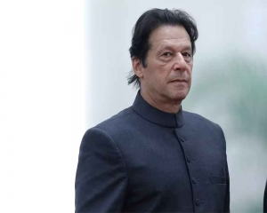 Imran Khan speaks to PM Modi, expresses desire to work together: FO