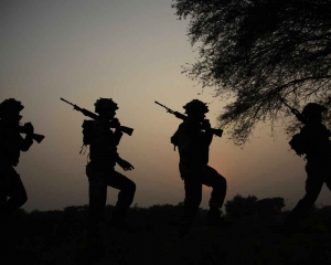 India loses army major, 3 soldiers in Pulwama gunfight