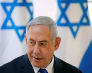 Israel votes on Netanyahu's political survival
