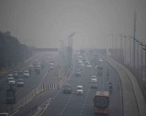 It's time to shun politics and work together to tackle pollution: Kejriwal to Javadekar