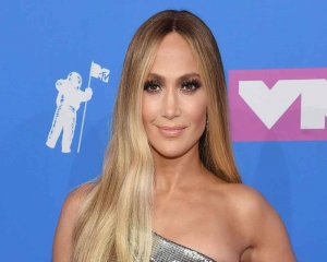 Jennifer Lopez, Owen Wilson to star in rom-com 'Marry Me'