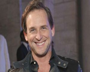 Josh Lucas talks about 'Sweet Home Alabama' sequel