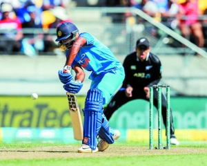 Learnt art of chasing from Dhoni: Shankar