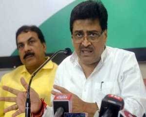 LS defeat collective responsibility, not Rahul's alone: Chavan