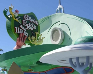 Michael Douglas, Adam Devine to voice star in Netflix's 'Green Eggs and Ham'