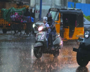 Monsoon eludes north-west, humidity rises