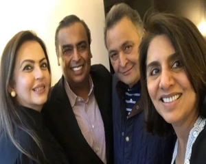 Mukesh, Nita Ambani shower love on Rishi Kapoor