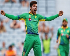 Pakistan leave out Aamir from World Cup squad