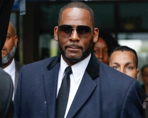 R. Kelly faces graft charge over 1994 marriage to Aaliyah