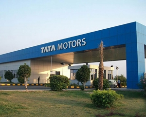 Tata Motors bags orders for over 2,500 CVs