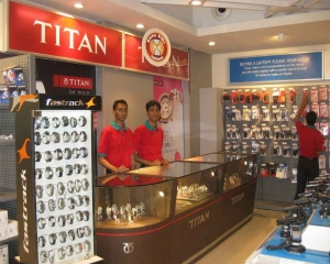 Titan ties up with American watchmaker FTS