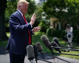 Trump warns any conflict with Iran 'wouldn't last long'