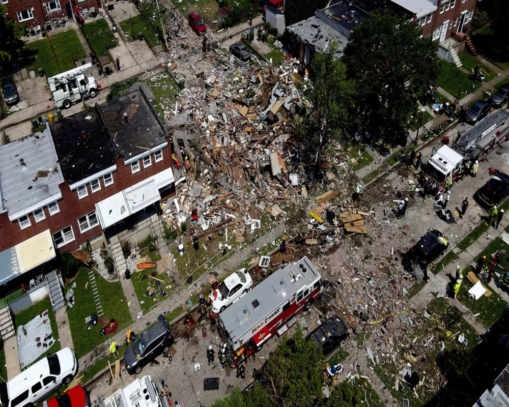 1 dead, 4 rescued after gas explosion levels Baltimore homes