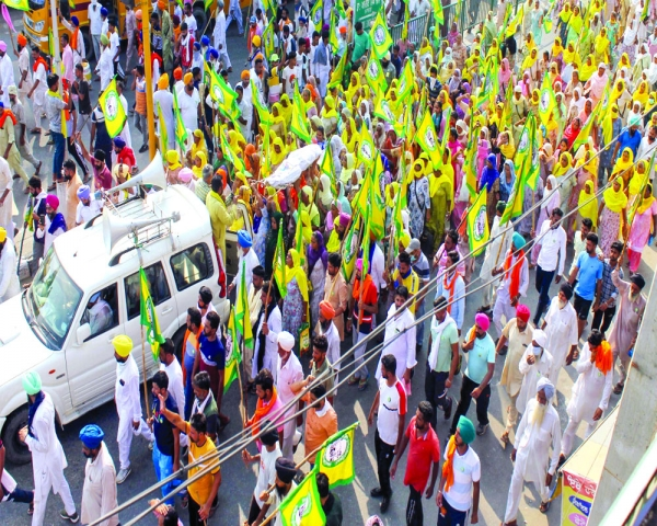 Farmers' rage spills on to road in Haryana