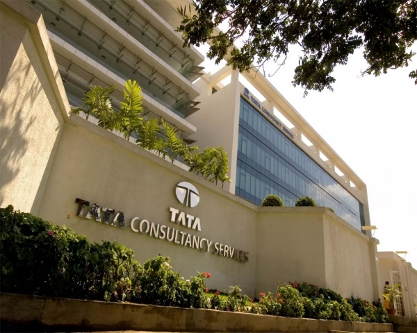 TCS again becomes most valued Indian firm by market cap