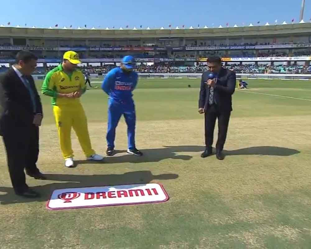Australia opt to bowl against India in second ODI, Pandey replaces injured Pant
