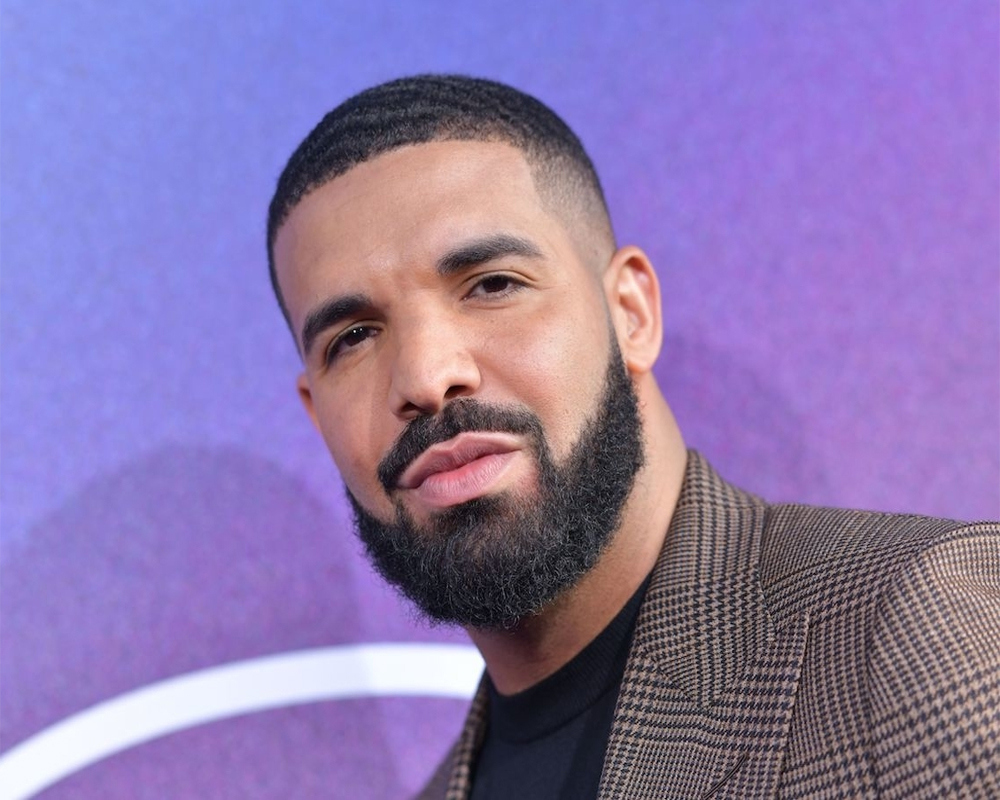 Barack Obama approves Drake to play him in a potential biopic