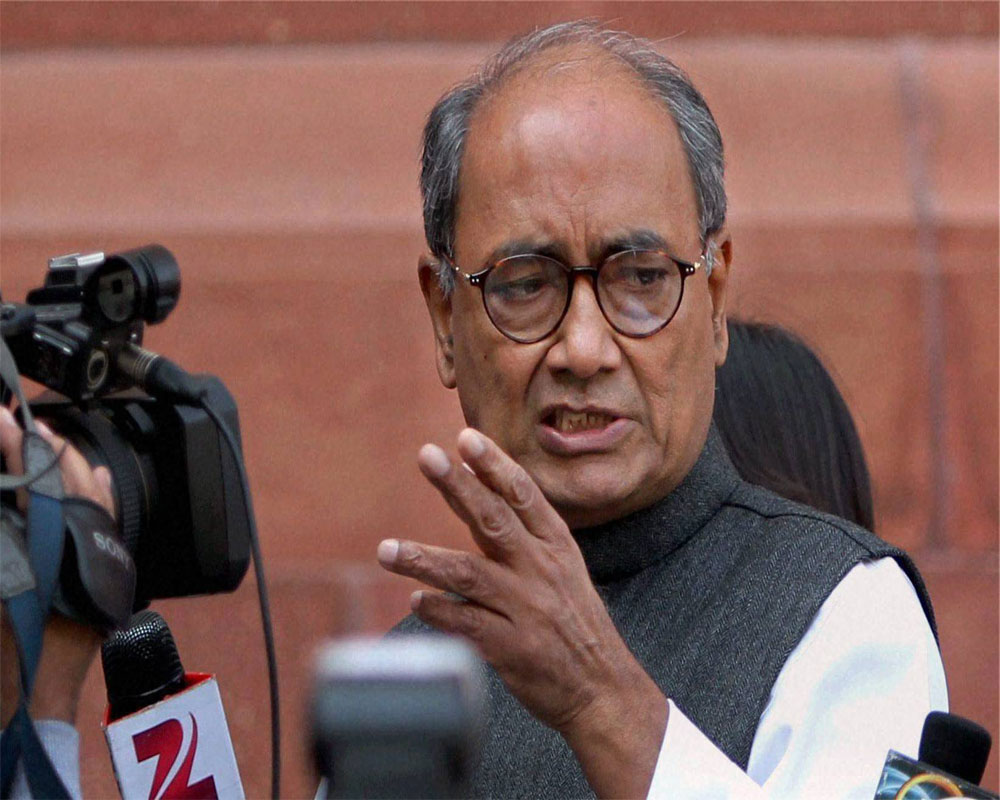 Digvijay raises scarcity of oxygen for Covid patients in RS