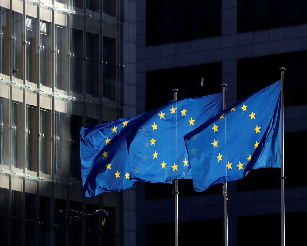EU hopes to free borders of virus restrictions by end June