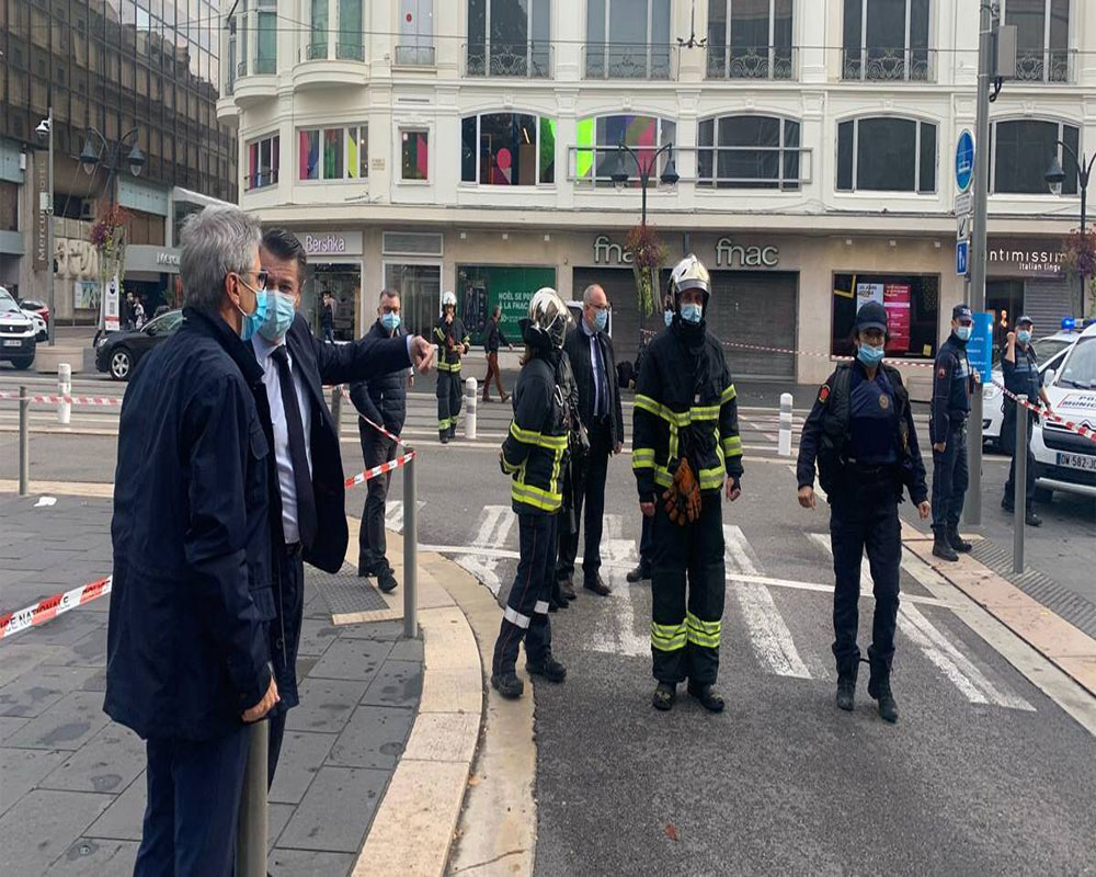 French police: 2 dead in knife attack near church in Nice