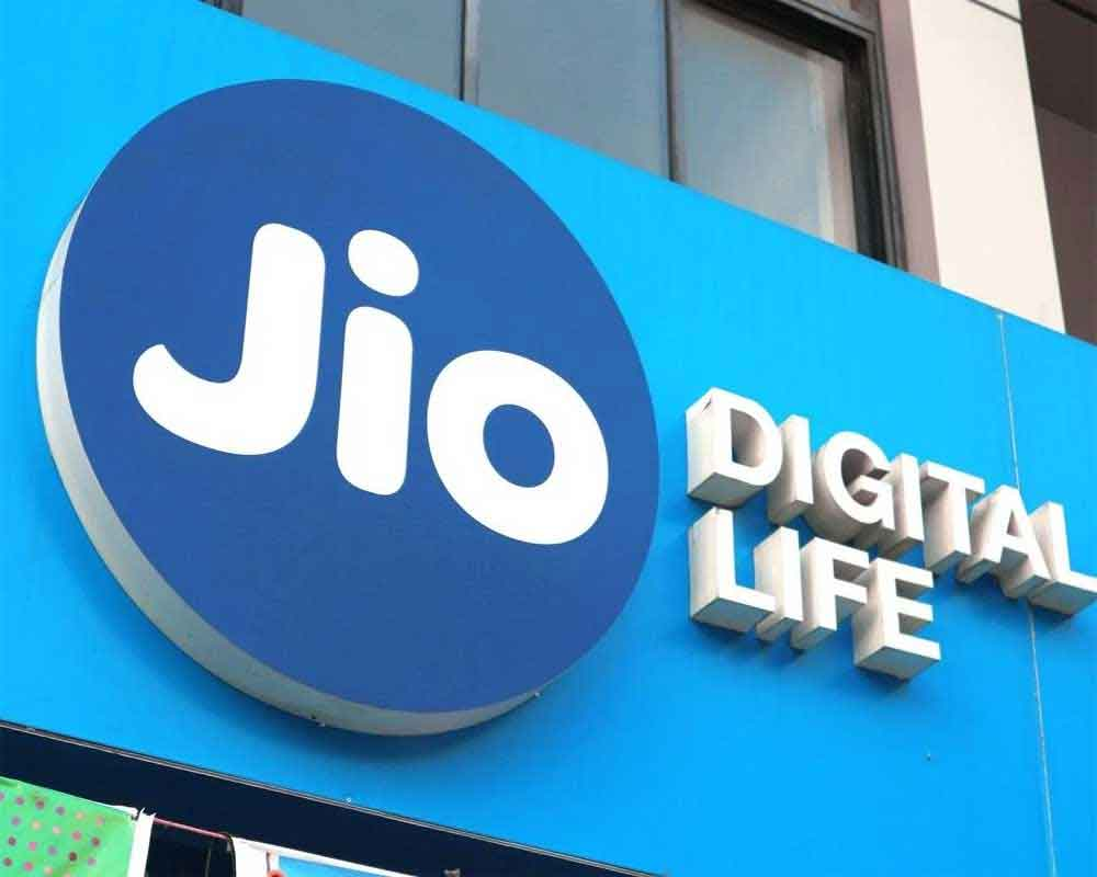 Jio pays Rs 195 cr to DoT to clear all AGR dues in advance