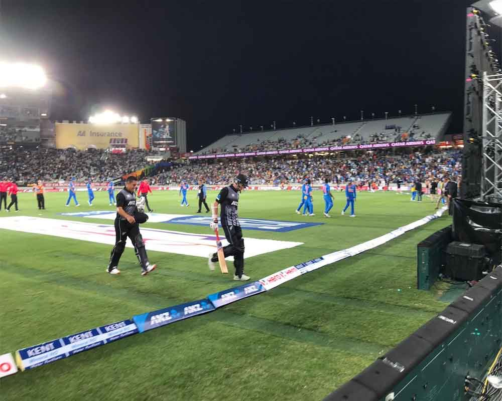 New Zealand smash 203/5 in first T20 against India